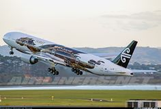 Air New Zealand ZK-OKO Boeing 777-319/ER aircraft picture