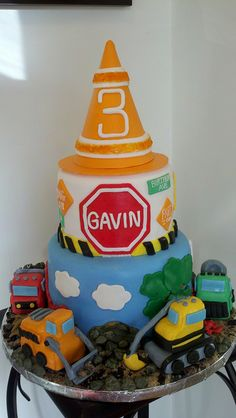 Construction Site Cake by Deb's Custom Cakes, via Flickr