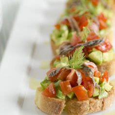 Insalata di calamari e gamberetti. | Colazione da Jo Antipasto, Strudel, Vegan Foods, Avocado, Gnocchi, Bruschetta, Tacos, Menu, Ethnic Recipes