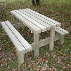 Table basse Sapin pour salon de jardin - Table basse en bois ...
