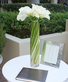 Sign in table flowers