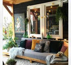 Outdoor Seating, Outdoor Rooms, Outdoor Living, Outdoor Furniture Sets, Outdoor Decor, Small Porch Decorating, Patio Pillows, Back Patio, Diy Garden Decor