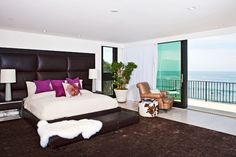 Opulent Custom Built Residence by The Ocean in Malibu