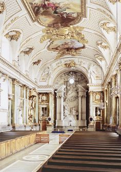 Things I Love Hope You'll Like It — Thechapel at the Royal Palace of Stockholm