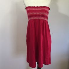 Old Navy Beach Cover Up Dress- Sm Perfect condition! Old Navy Swim Coverups