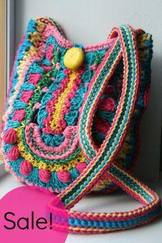 Crochet boho bag pattern 166 - via @Craftsy