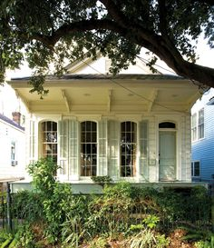 Creole cottage shutters are so inviting. It's a true welcome home. Cottage Shutters, Cottage Exterior, House Shutters, New Orleans Architecture, Architecture Details, Southern Architecture, Creole Cottage, Shotgun House, Louisiana Homes