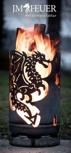 Eine Feuertonne, die eine angenehme Wärme und Gemütlichkeit erzeugt.