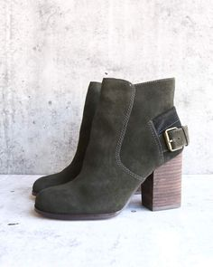 103c8d9a3663 Sbicca - Lorenza - suede leather ankle booties - forest green