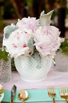 Tabletops: Enchanted Garden - Exquisite Weddings