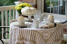 Tuesday Tidbits10 - Back Porch Musings  Variety of  Thanksgiving tables    11/2014