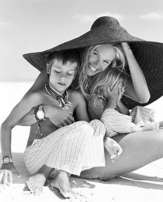 Elle Macpherson. Her son wants to run for the hills.