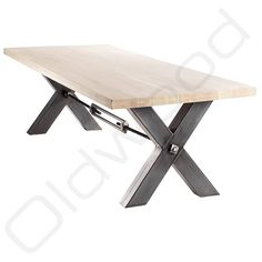 De metalen connectie tussen de poten Porch Table, Dinning Room Tables, Metal Fab, Wood And Metal, Industrial Table, Industrial Furniture, Diner Table, Walnut Table, Restaurant Chairs