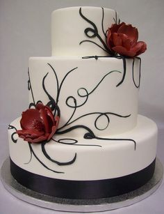 Cool Wedding Cakes and Fancy Cakes Images) Black And White Wedding Cake, White Wedding Cakes, Cool Wedding Cakes, Beautiful Wedding Cakes, Gorgeous Cakes, Wedding Cake Designs, White Cakes, Pretty Cakes, Amazing Cakes