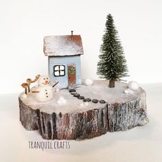 ❄️⛄️💕🎅🏽🎄🏡#tranquilcrafts #driftwood #driftwoodart #seacraft #snowman #christmas #christmascrafts #handmade #handmadecrafts #upcycle #upcycled #recycle #recycledart #shabbychic #happy #hippy #bunting #snow #art #tranquility #smallbusiness #wreath #christmas #baubles #snow