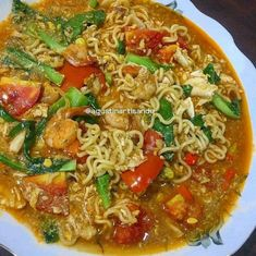 New Recipes, Cooking Recipes, Healthy Recipes, Healthy Food, Mie Goreng, Indonesian Cuisine, Food Combining, Malaysian Food, Menu