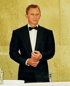 Discover & share this James Bond GIF with everyone you know. GIPHY is how you search, share, discover, and create GIFs. Craig Bond, Daniel Craig James Bond, Estilo James Bond, Daniel Graig, Best Bond, Favorite Movie Quotes, James Bond Movies, Casino Royale, Moving Pictures