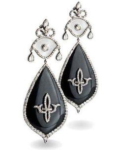 Bochic Large Onyx Fleur De Lis Earrings