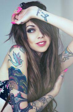 Tattoosme - Best Tattoo Designs And Ideas Fake Tattoo, Tatoo Henna, 4 Tattoo, Boy Tattoos, Time Tattoos, Body Art Tattoos, Tattoo Girls, Tattoo Studio, Unique Tattoo Designs