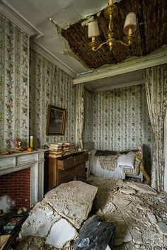 Abandoned Château de la Forêt, Moulbaix, Arrondissement of Ath, Belgium. Abandoned Buildings, Abandoned Property, Old Abandoned Houses, Abandoned Castles, Old Buildings, Abandoned Places, Old Mansions, Abandoned Mansions, Beautiful Ruins