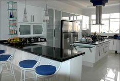 Integre os ambientes da cozinha planejada (Foto: Designer de Interiores Org)