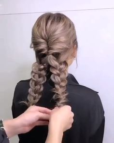Do you wanna learn how to styling your own hair? Well, just visit our web site to seeing more amazing video tutorials! The post Glamorous Updo Tutorials! appeared first on Top Aktuelle. Top Hairstyles, Wedding Hairstyles, Diy Wedding Updos For Long Hair, Wedding Hair Tutorials, Braided Hair Tutorials, Simple Hairstyles For Long Hair, Waitress Hairstyles, Wedding Updo Tutorial, Summer Hair Tutorials
