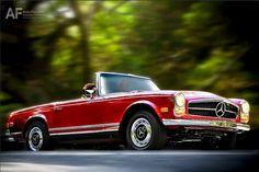 1968 280 SL. Mercedes-Benz factory restoration.
