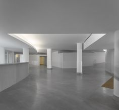 Gallery of The Building on the Water / Álvaro Siza + Carlos Castanheira - 18