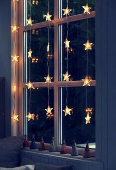 Amazing list of Christmas / Winter Solstice Decoration Ideas - Exterior and Interior design ideas
