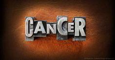 """""""Cáncer: Cura Prohibida"""" expone la corrupción de la industria del cáncer y las medidas extremas que toma para prohibir que los médicos traten esta enfermedad naturalmente. http://articulos.mercola.com/sitios/articulos/archivo/2014/01/16/tratamiento-natural-contra-el-cancer.aspx"""