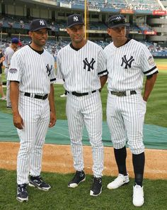 Mariano Rivera Photos - (L-R) American League All-Stars Mariano Rivera, Derek Jeter, and Alex Rodriguez pose after batting practice before the MLB All-Star Game at Yankee Stadium on July 2008 in the Bronx borough of New York City. - MLB All-Star Game Yankees Baby, Yankees Logo, Yankees News, New York Yankees Baseball, Damn Yankees, Baseball Bases, Baseball Players, Soccer Jerseys, Baseball Scoreboard