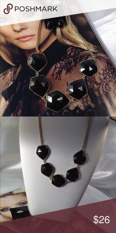 Black Cabochons Necklace Set This gorgeous classic style set features gold tone hardware with matching .5 inch earrings. Two inch extender. All jewelry is shipped in its own jewelry box for safe shipping. (This closet does not trade or use PayPal) Son Paises Jewelry Necklaces