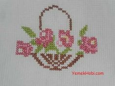 This Pin was discovered by Bah Cross Stitch Beginner, Mini Cross Stitch, Cross Stitch Heart, Cross Stitch Cards, Cross Stitch Flowers, Cross Stitching, Vintage Cross Stitches, Counted Cross Stitch Patterns, Cross Stitch Designs