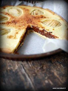 Une tarte aux poires gourmande et chocolatée … C'est la guerre à la maison entre les moucherons et moi ! A peine je pose un fruit dans ma cuisine qu'une armada de moucherons sort de je ne sais où pour passer à table. Ça en devient infernal, et le pire, c'est que j'ai l'impression que …