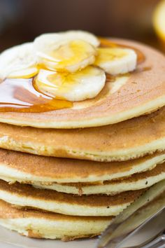 Course(s): Entrée; Ingredients: baking powder, banana, egg, flour, milk, salt, sugar, vanilla extract, vegetable oil