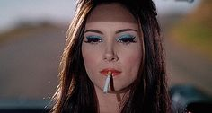 "Here's how you can recreate the mesmerizing makeup looks from ""The Love Witch"" 70s Makeup, Vintage Makeup, Makeup Inspo, Makeup Inspiration, Beauty Makeup, Hair Makeup, Hair Beauty, Hippy Makeup, Janis Joplin"