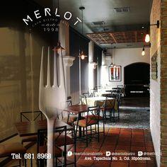 Solo en Merlot ¨come, bebe, ríe y comparte¨. #MerlotBistro #Comida #Cena #Cava #Vino #Tijuana
