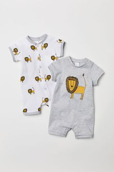 Our baby boy clothing & infant clothes are definitely lovely. Little Kid Fashion, Baby Boy Fashion, Kids Fashion, Fashion Shoes, Fashion Clothes, Fashion Accessories, Boys Wear, Baby Kids Clothes, Kids Clothing
