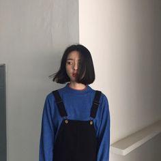Korean Fashion – How to Dress up Korean Style – Designer Fashion Tips Ulzzang Short Hair, Korean Short Hair, Ulzzang Girl, Korean Girl, Asian Girl, Girl Short Hair, Short Girls, Asian Fashion, Love Fashion