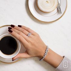 5 Tips On How To Take Better Digital Jewelry Photography Hand Photography, Coffee Photography, Jewelry Photography, Fashion Photography, Beauty Photography, Amazing Photography, Wedding Photography, Jewelry Model, Photo Jewelry