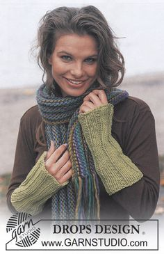 DROPS 86-12 - DROPS Wristwarmers in Ice and Scarf in Eskimo - Free pattern by DROPS Design