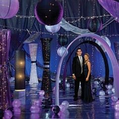Amazing Theme Ideas For A Prom Night - How To Plan Your Prom Night | Bash Corner