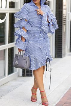 Amaldress Casual Style StripedFlounce Design Baby Blue Knielanges Kleid Source by Cute Skirt Outfits, Chic Outfits, Fashion Outfits, Fashion Clothes, Dress Fashion, Fashion Fashion, Dress Outfits, Fashion Ideas, Fashion Jewelry