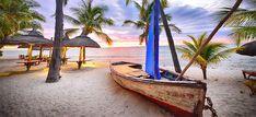La plage - Restaurants - Dinarobin Beachcomber - Beachcomber Resorts & Hotels in Mauritius Mauritius, Resort Spa, Outdoor Furniture, Outdoor Decor, Hotels And Resorts, Golf, Restaurant, Dining, Home Decor