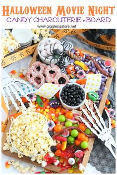 It's not Halloween without candy, and this Halloween Movie Night Charcuterie Board takes treats to a whole new level! Halloween Movie Night, Movie Night Party, Halloween Food For Party, Halloween 2020, Halloween Diy, Movie Night For Kids, Movie Nights, Halloween Candy Crafts, Halloween Goodies