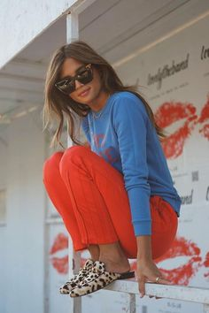 20 Autumn seems to be copying now - Mode - Best Of Women Outfits Mode Outfits, Fall Outfits, Casual Outfits, Fashion Outfits, Womens Fashion, Fashion Trends, Red Dress Outfit Casual, Denim Outfits, Fashion Skirts