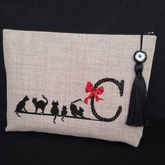 Instagram'da ARÇİ TASARIM (@arci_tasarim) Embroidery Bags, Hand Embroidery Stitches, Modern Embroidery, Hand Quilting, Cross Stitch Embroidery, Machine Embroidery Designs, Embroidery Patterns, Cross Stitch Designs, Cross Stitch Patterns