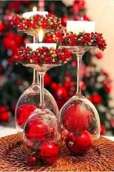Christmas Dining Table, Christmas Candle Decorations, Christmas Table Settings, Table Decorations, Holiday Decor, Centerpiece Ideas, Christmas Mood, Simple Christmas, Christmas Wreaths