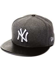 Find New York Yankees Faux Leather Melt 5950 fitted hat Men s Hats from New  Era  amp 65db57e2cc5d