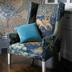 The Original Morris & Co – Arts and crafts, fabrics and wallpaper designs by Wil… The Original Morris & Co – Kunsthandwerk, Stoffe und Tapeten von William Morris & Company Decor, British Design, Chair, Furniture, William Morris, Arts And Crafts House, Interior Design, Upholstery, Arts And Crafts Interiors